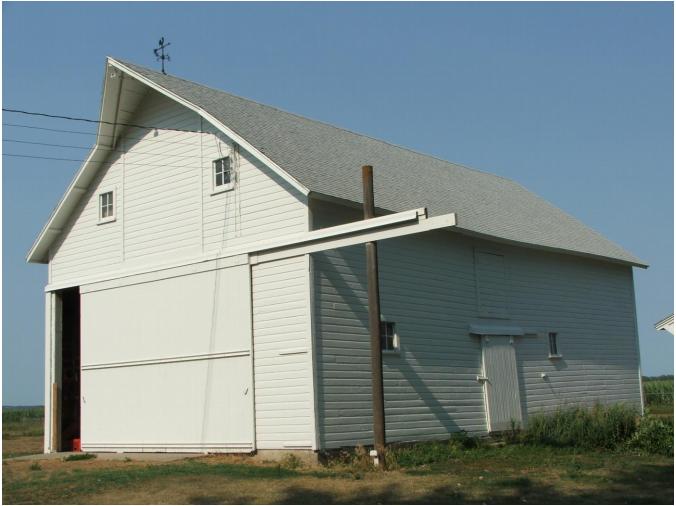 Nels Larson Barn
